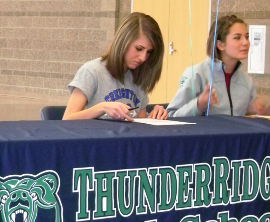 Hannah Krumreich signs a Letter of Intent to run at Creighton