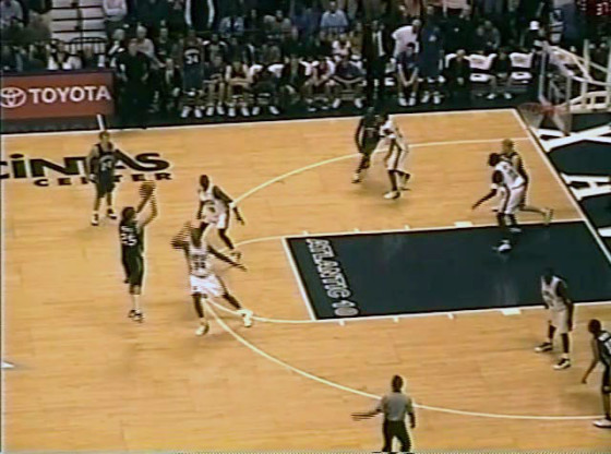 Bluejay Rewind: #15 Jays vs #19 Xavier (12/31/2002)