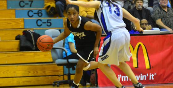 2014-15 Creighton Women's Basketball Profile: Jade Owens