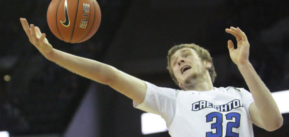 Creighton Rediscovers Shooting Touch to Halt Losing Streak