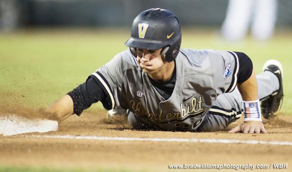 Photo Gallery: Vanderbilt Reaches 2-0 Safely in 2015 College World Series