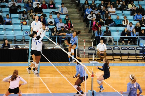 Creighton Volleyball Demolishes Tar Heels; Advances to Sweet 16 for First Time