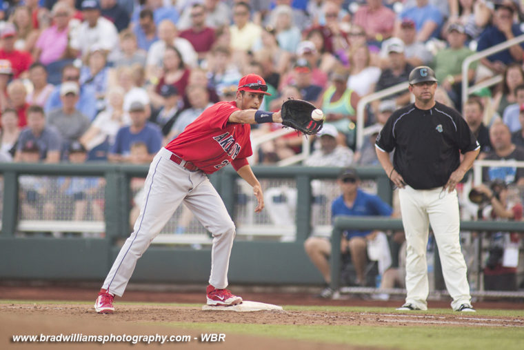 CWS Photo Gallery: Arizona Takes Game One Against Coastal Carolina
