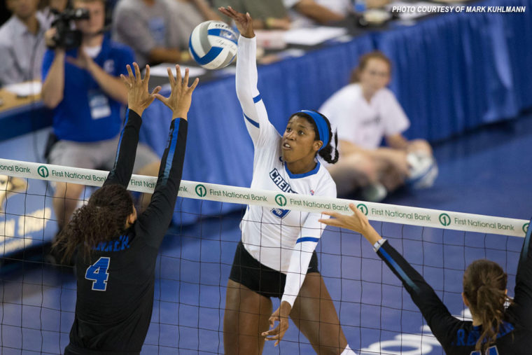 #14 Creighton Volleyball Makes Quick Work of St. John's to Wrap Up East Coast Sweep
